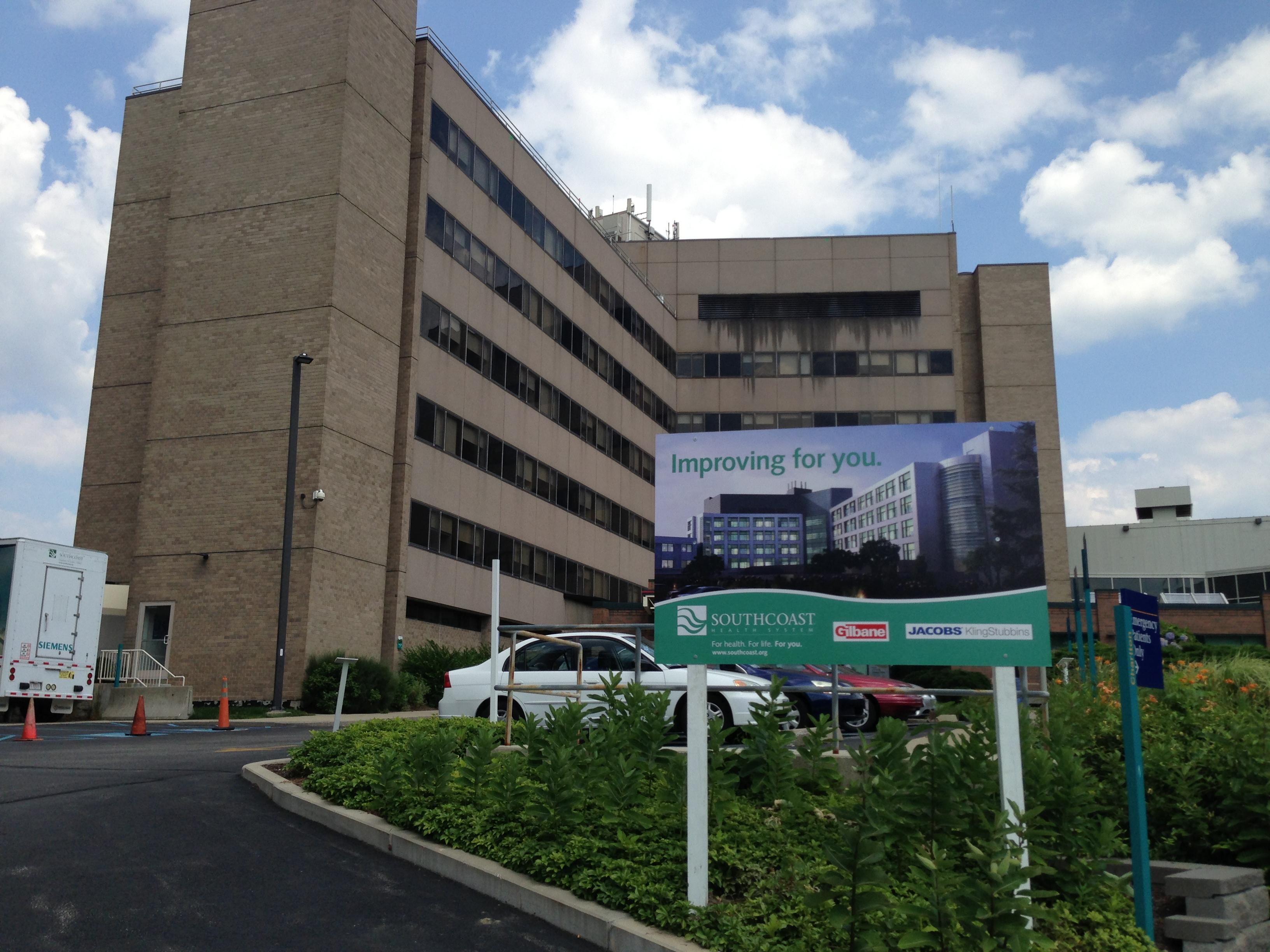 Charlton Memorial Hospital - JK Glass Company